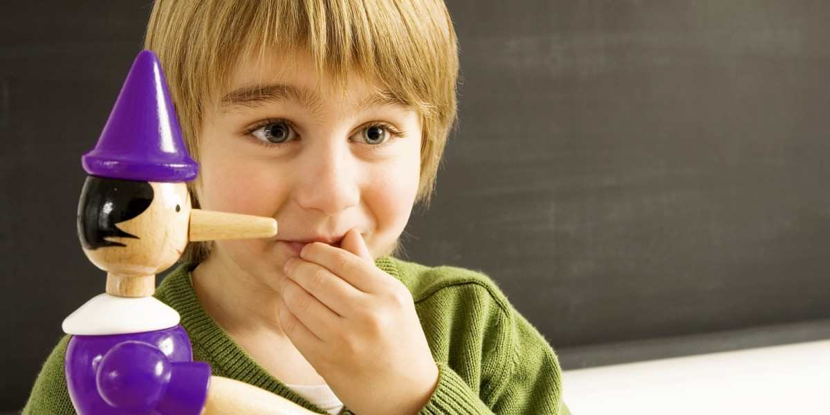 Como padres estrictos convierten a sus hijos en mentirosos