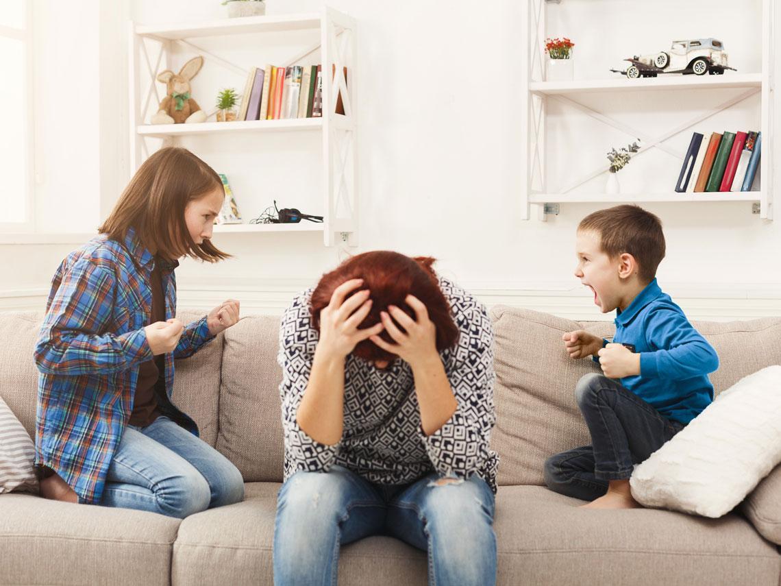 Como actuar ante conflictos y peleas entre hermanos